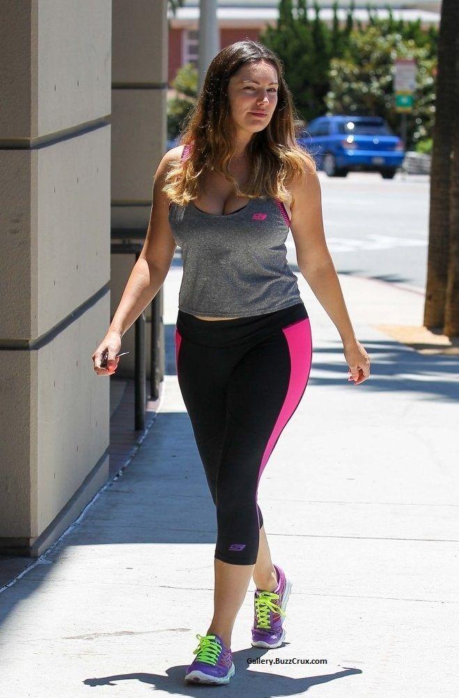 #KELLYBROOK http://gallery.buzzcrux.com/Actress/Kelly-Brook-Hot-Photos