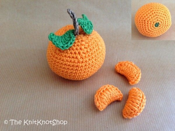 Häkle jetzt eine Orange / Mandarine / Clementine als Deko ++ für den Kaufmannsladen Deines Kindes. Probiers gleich mal aus mit der PDF-Anleitung. Viel Spaß.