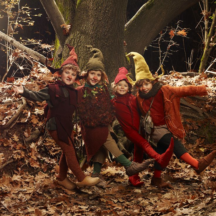 Kid's Wear - Advent Calendar 2014  Door 6 photo by Achim Lippoth  St. Nicholas Day...Did you find anything in your shoes?