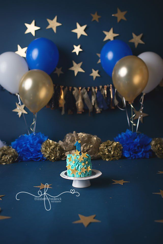 The Night Before You Were Born | Twinkle LIttle Star | Smash Cake Session| Gold & Navy Smash Cake | North Haven, CT Smash Cake Photographer Elizabeth Frederick Photography www.elizabethfrederickphotography.com