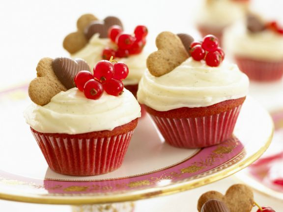 Rote Cupcakes ist ein Rezept mit frischen Zutaten aus der Kategorie Gebäck. Probieren Sie dieses und weitere Rezepte von EAT SMARTER!