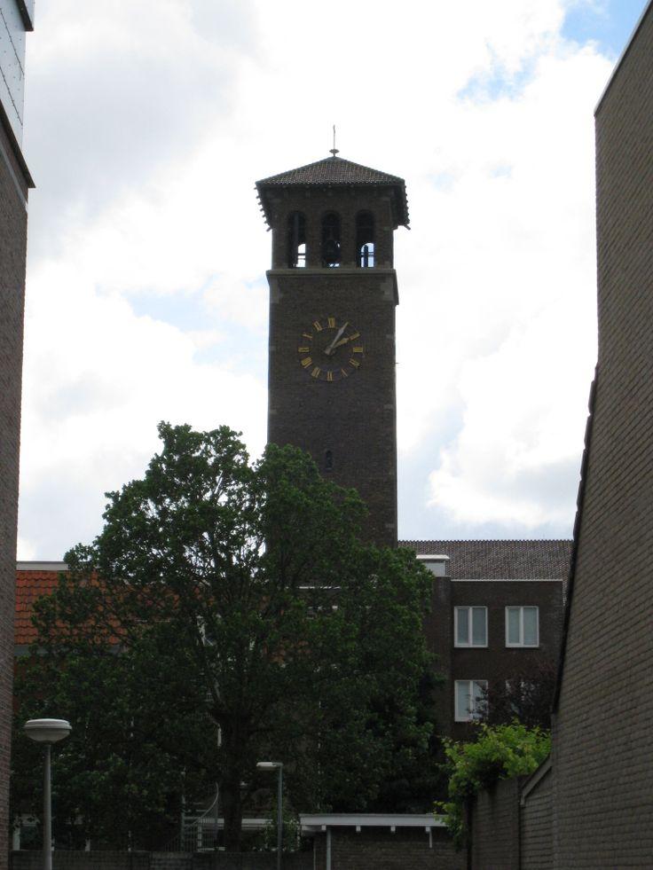 Zeven Smarten kerk in Haarlem-Noord.
