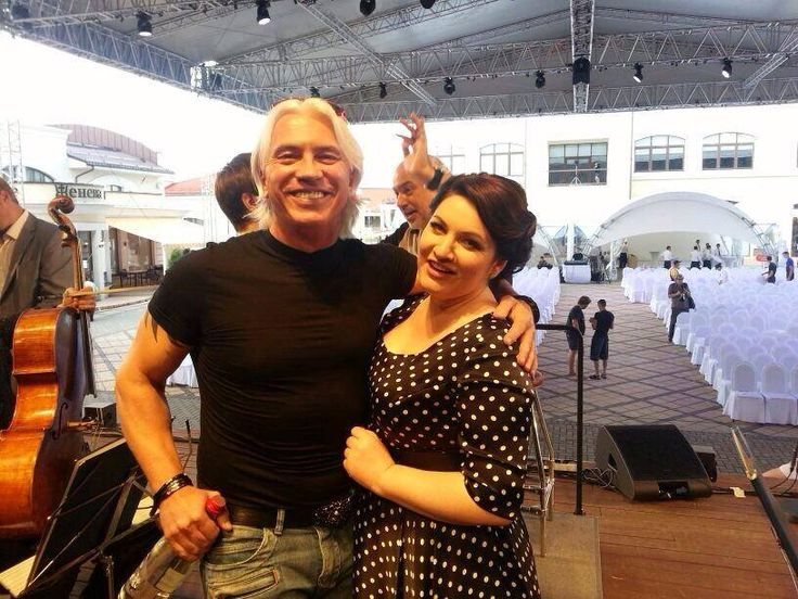 "Dmitri Hvorostovsky & Hibla Gerzmava today at ""Moscow nights"" Festival backstage"