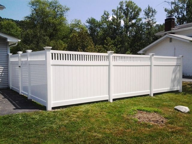 Vinyl Privacy Fence With Capped Picket Top Modern Design I 2020 Staket Insynsskydd