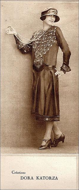 the 1920s-fashionable dress    1924                                                                                                                                                                                 Plus