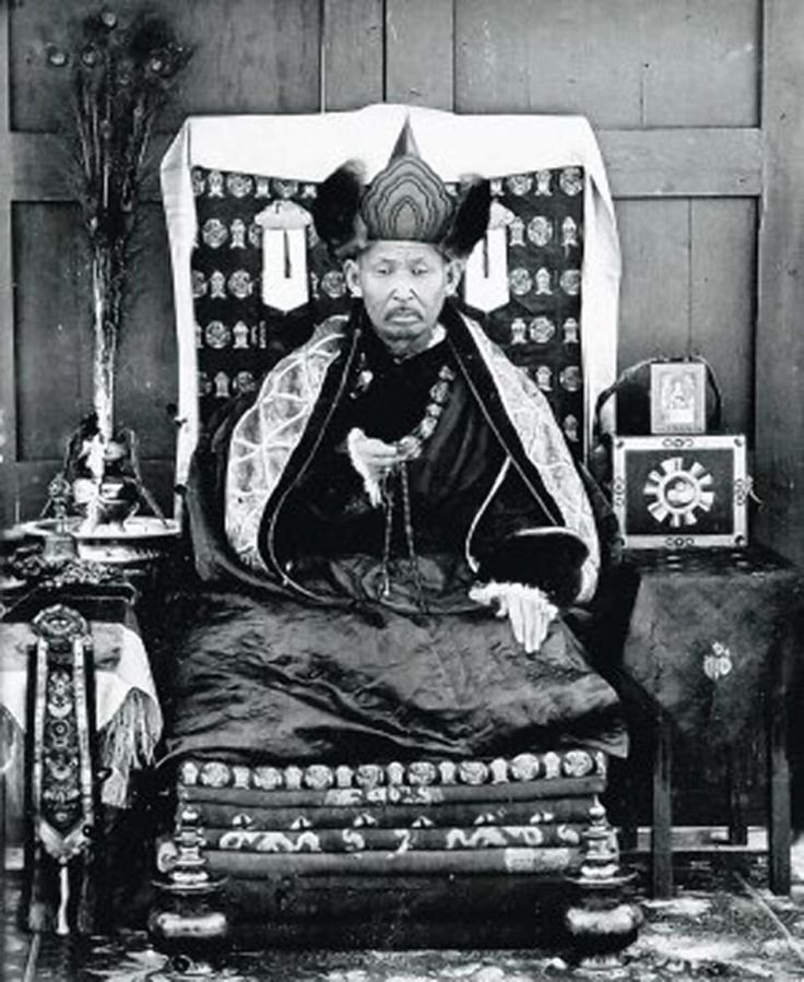 The body of Dashi-Dorzho Itigilov, a Buryat Buddhist lama of the Tibetan Buddhist tradition, was found perfectly preserved after his own death in 1927.