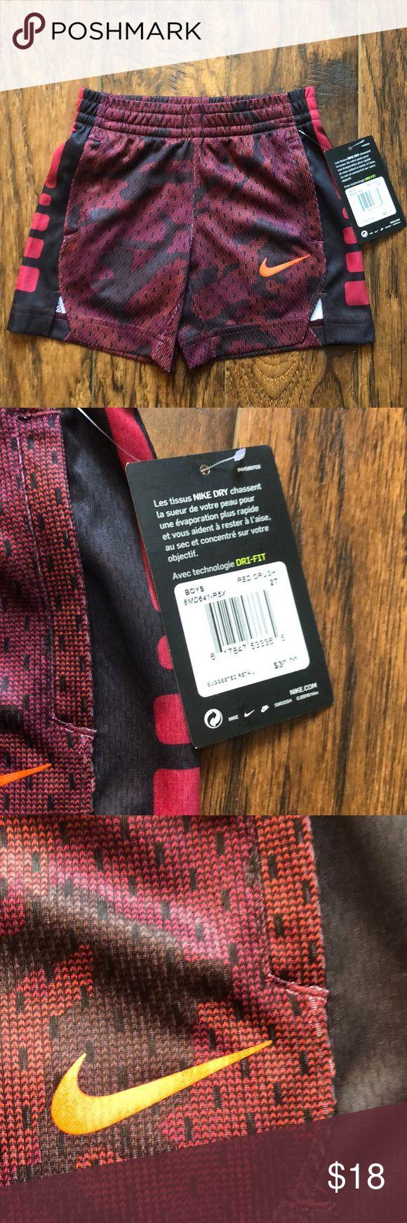 Neu mit Etiketten!! Nike Shorts NWT !! Jungen Nike Shirt, Rot Crush Camo Farben mit …   – My Posh Picks