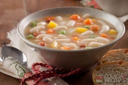 Receita de Sopa de feijão branco com legumes e gengibre em receitas de sopas e caldos, veja essa e outras receitas aqui!