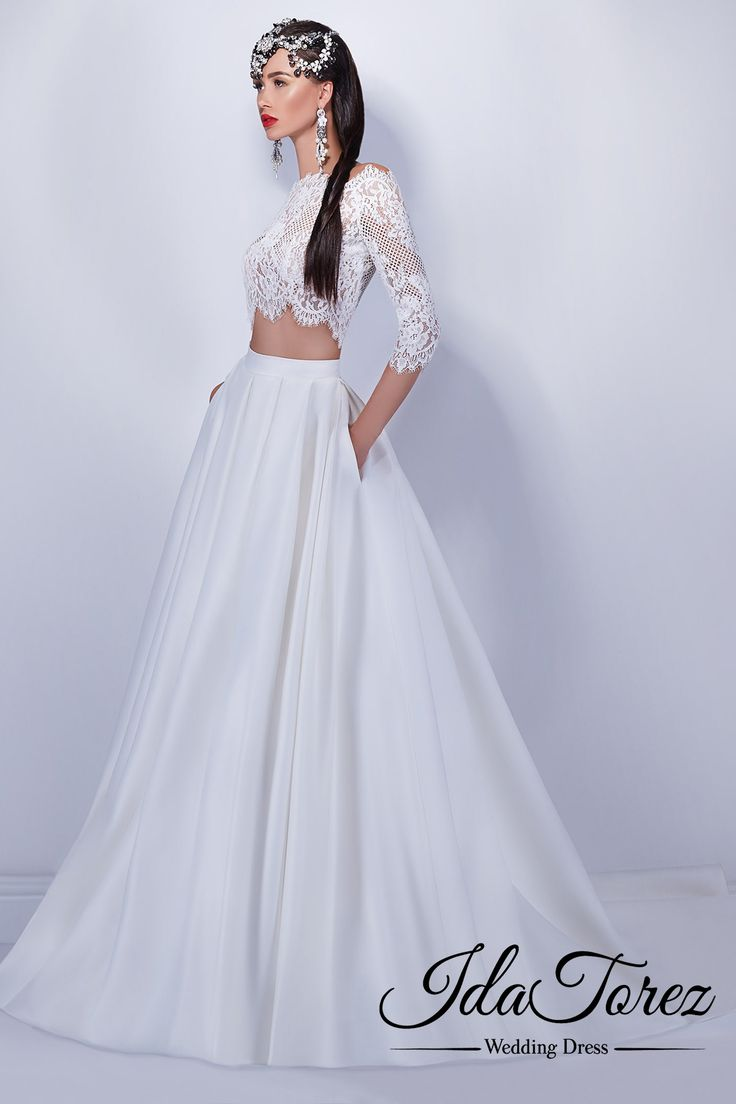 Vintage A-Line Off The Shoulder Natural Court Train Luxuriant Satin Ivory 3/4 Length Sleeve Buttons Wedding Dress 01038