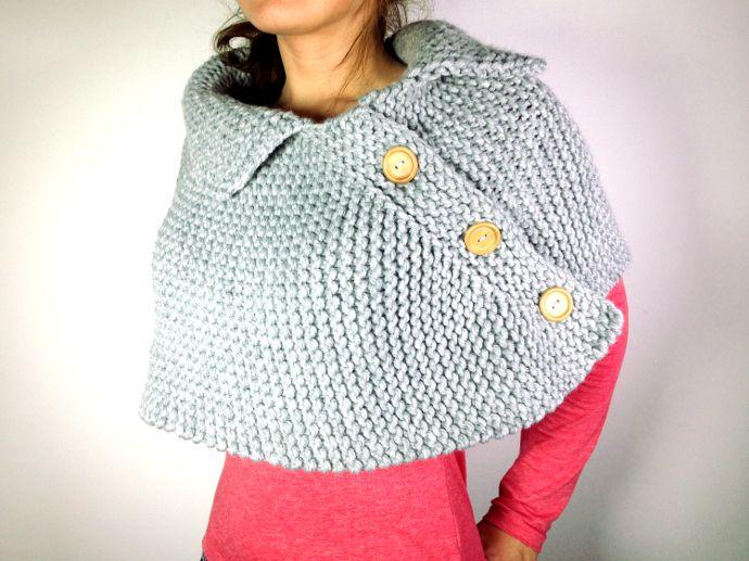 Tutorial de capa poncho o mañanita con botones de madera tejida en telar