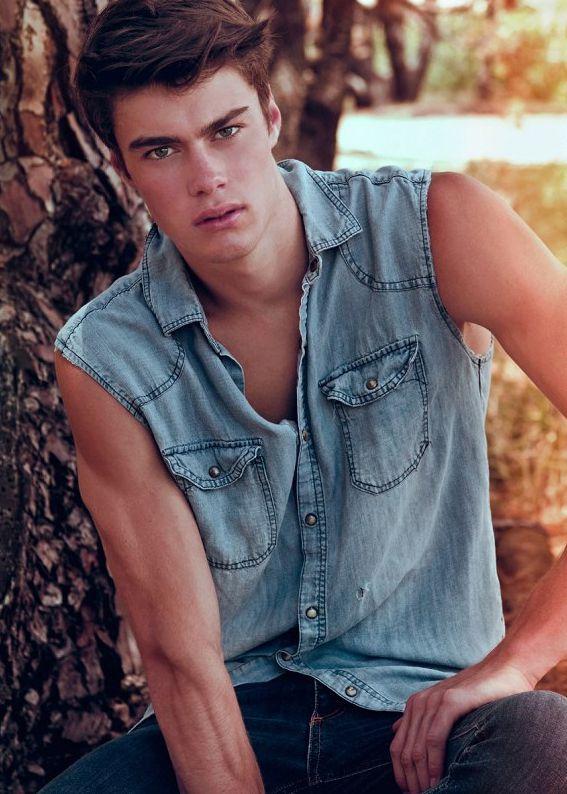Handsome 16 Year Old Boy: Ryley McLaughlin