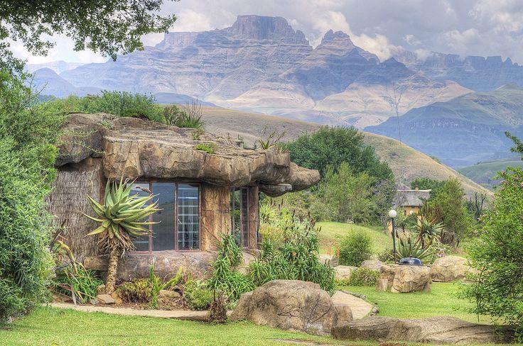 Inkunzi Cave in the Drakensberg; Champagne Castle - build by Steve Bull, a local artist. For a closer look; www.inkunzicave.co.za - Klaas Heiligenberg