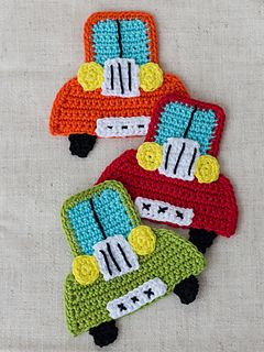 This free crochet car applique is something special. It's a classic car.