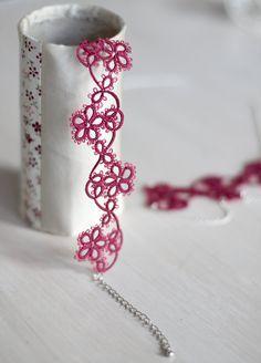 Tatted set di gioielli: collana e bracciale in lampone di smaks