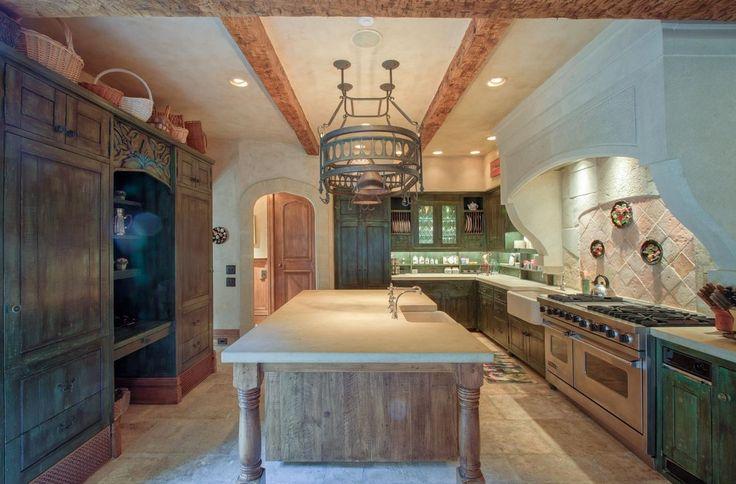 Stunning Old World Kitchen Cb Home Sizzling Kitchens