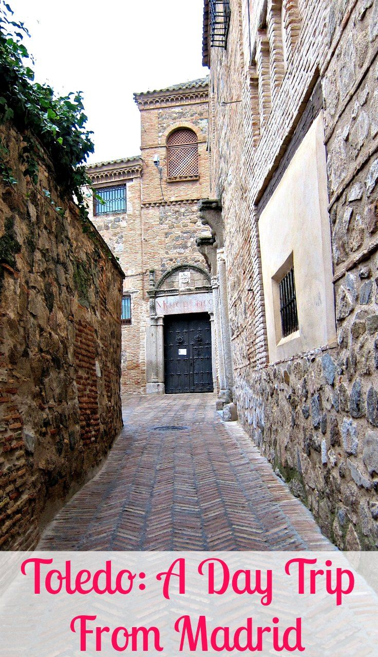 Toledo, an easy day trip from #Madrid via @rtwgirl >> Toledo is a UNESCO world heritage site and previously Spain's capital city || http://www.rtwgirl.com/toledo-spain-travel-inspiration/