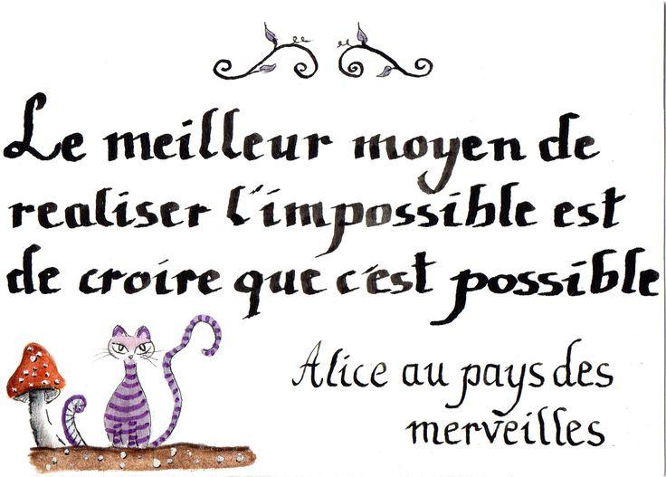 """Carte citation de film calligraphiée et illustrée  """"Alice au pays des merveilles"""""""