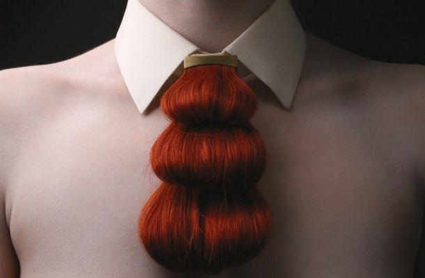 La fusione tra arte e capelli non significa solo acconciature, vediamo come Nina Khazani trasforma i #capelli in accessori di design.