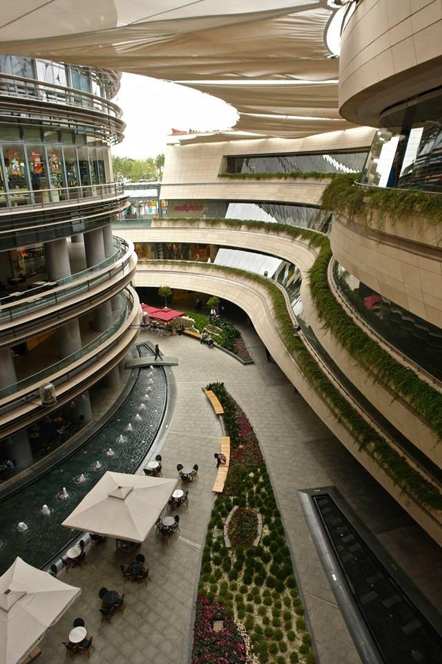 Kanyon Mall Istanbul, Turkey by by The Jerde Partnership & Tabanlıoğlu Architects