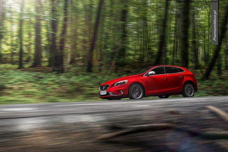 Volvo V40 T5 R-desing in motion #volvo #v40 #motion more: http://premiummoto.pl/11/02/volvo-v40-t5-r-design-nasza-sesja