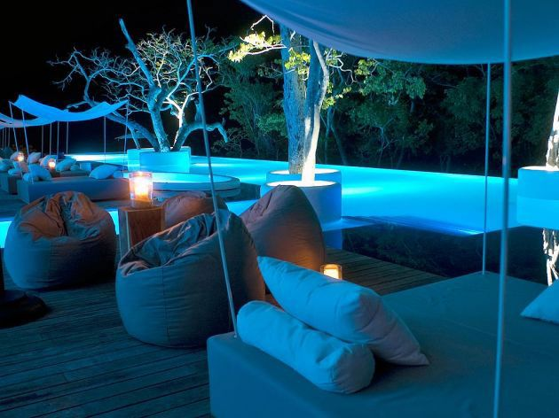http://kepoon.com/wp-content/uploads/2012/12/fancy-deck-and-infinity-pool-with-elegant-white-blue-lighting.jpg