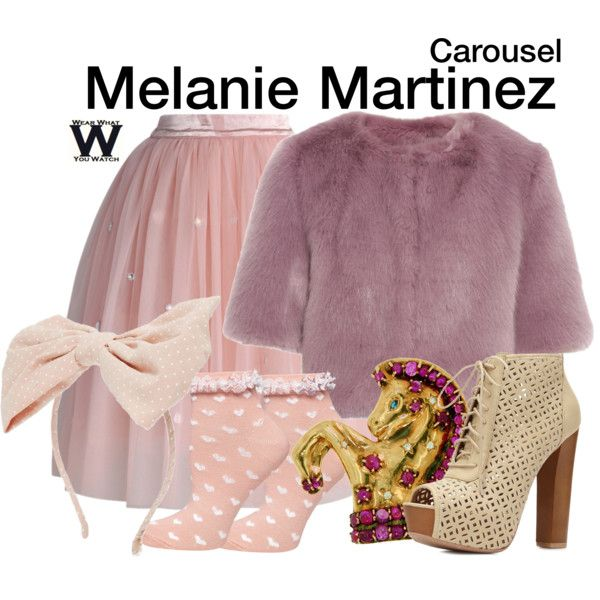 Inspired by Melanie Martinez in her 2014 music video for Carousel.