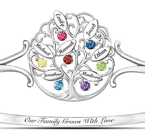 Beautiful Family Tree Bracelet Features Up To 7 Loved One S Names Each Engraved On An Individual Leaf What Get Your Mother In Law For Christmas