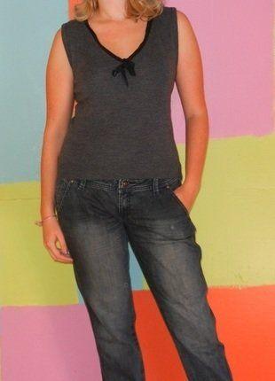 À vendre sur #vintedfrance ! http://www.vinted.fr/mode-femmes/autres-hauts/21102496-haut-debardeur-laine-noeud-t238-40-claudie-pierlot-automnehiver-chicethiqueromantique