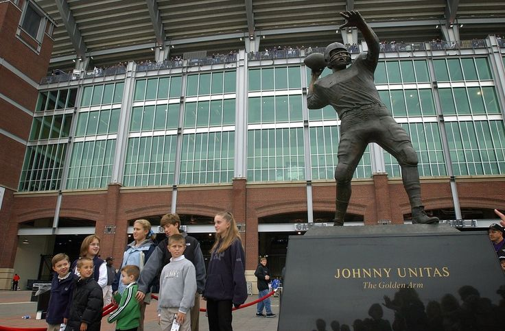A statue of the Colts legend was unveiled outside M&T Bank Stadium on Oct. 20, 2002.