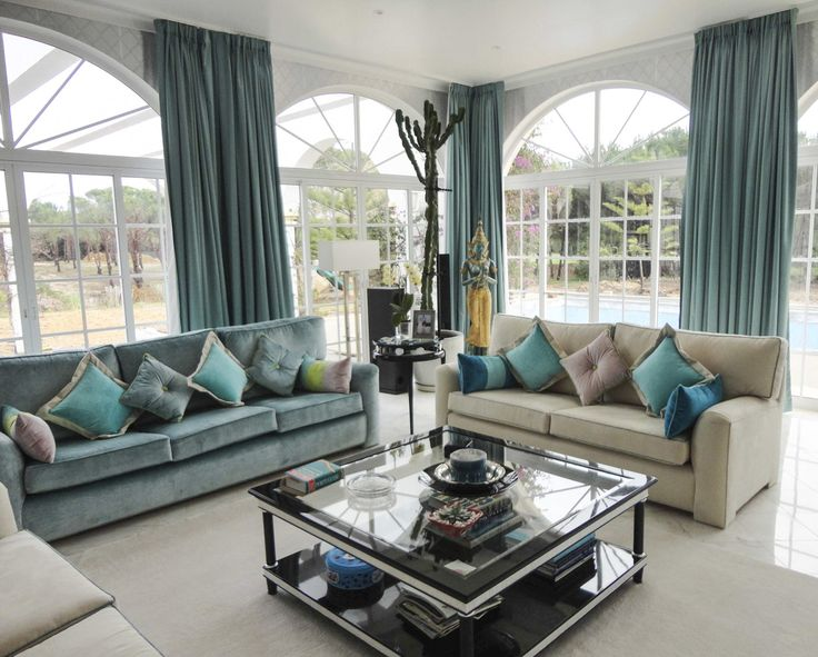 Family Room by Limitless Creations. Fabrics: Kravet, Casamance, Aldeco.