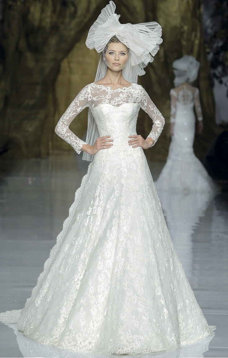 54 best Pronovias | First Love images on Pinterest | Wedding ...
