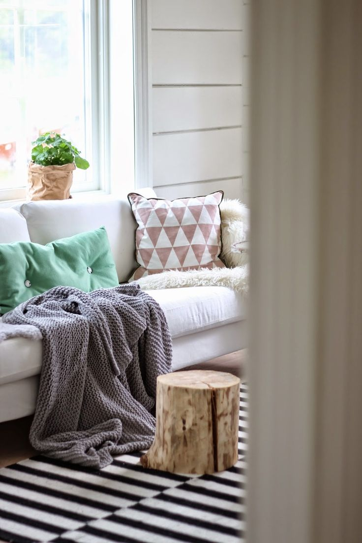The cosy and relaxed home of the Norwegian blogger behind Marispan of Smilefjes