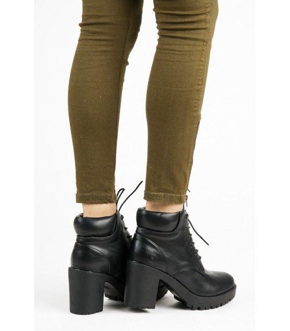 Čierne členkové topánky na šnurovanie 1279-1A-B f7348e26255