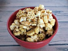 Caramel Honeycomb Snack Mix - a fun snack using Honeycomb cereal