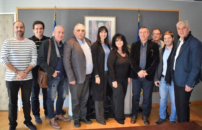 Ευρεία σύσκεψη της Υπουργού Τουρισμού Έλενας Κουντουρά για την τουριστική ανάπτυξη στα παράλια του ν. Λάρισας