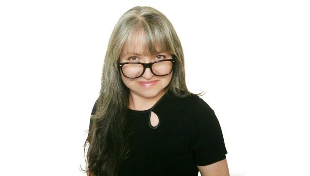 SimpliTeach - interview with Dr. Liz Hardy on online teaching - Me and My Crazy Mind