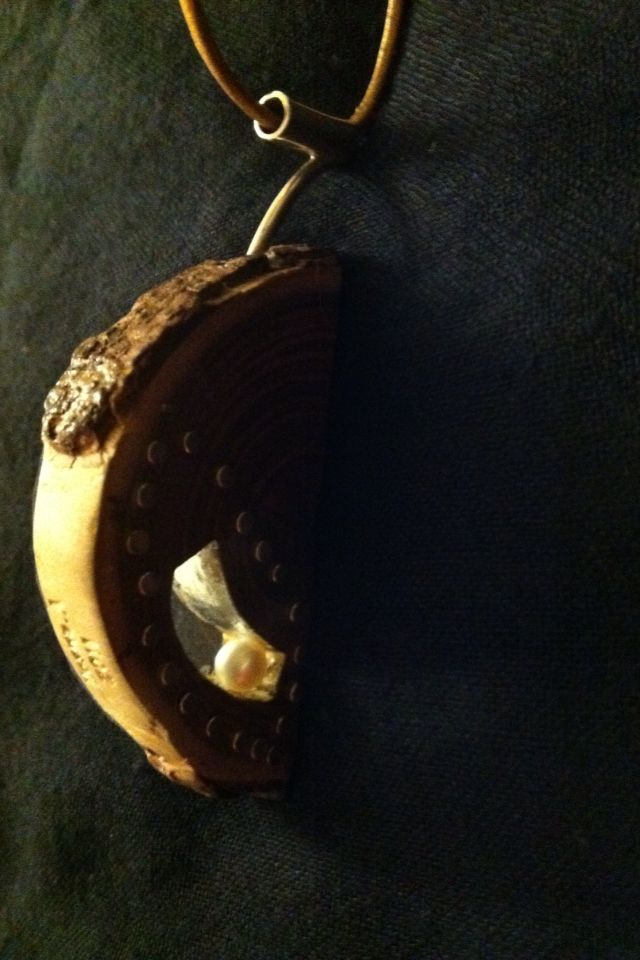 Necklace,wood, silver, pearl.