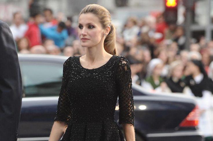 Premio Princesa de Asturias: El ranking definitivo de los estilismos de Letizia sobre la alfombra azul. Noticias de Casas Reales