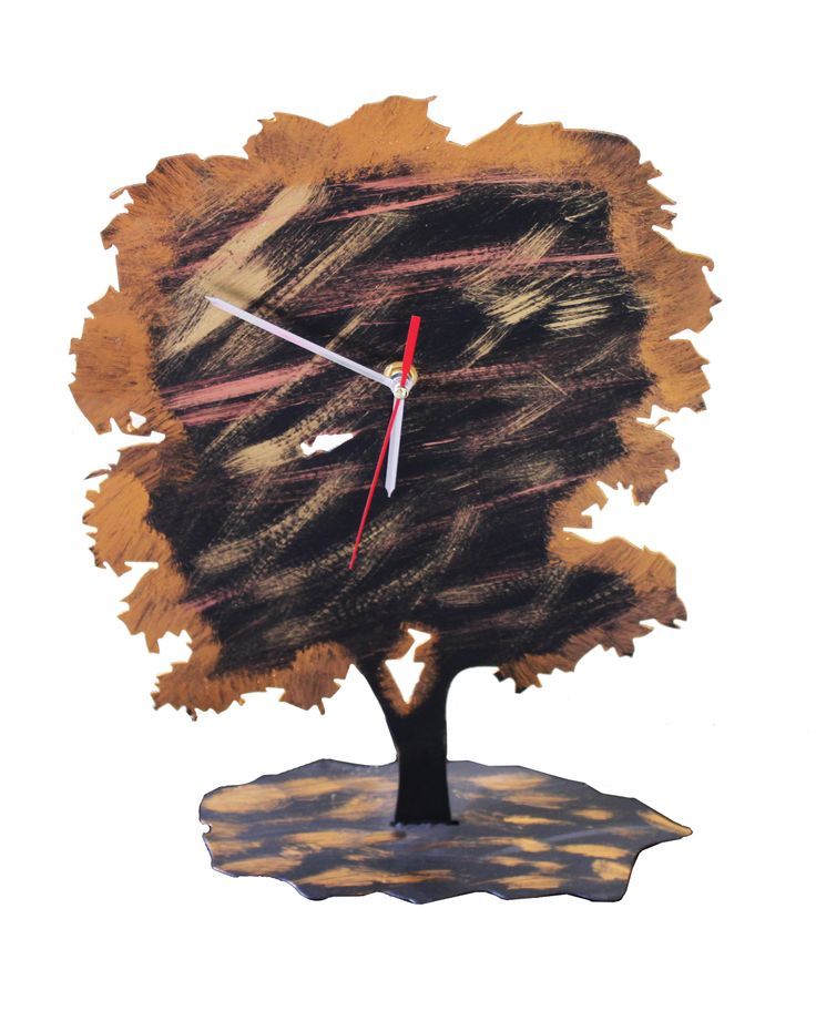 What if time was measured by a tree? You could tell by its colour if it is summer, winter, autumn or spring. You could tell by it's rings how old it is. This tree-shaped iron clock makes a great decoration item for your place anyTime.