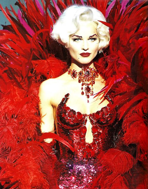 17 best images about thierry mugler on pinterest for A travers le miroir thierry mugler