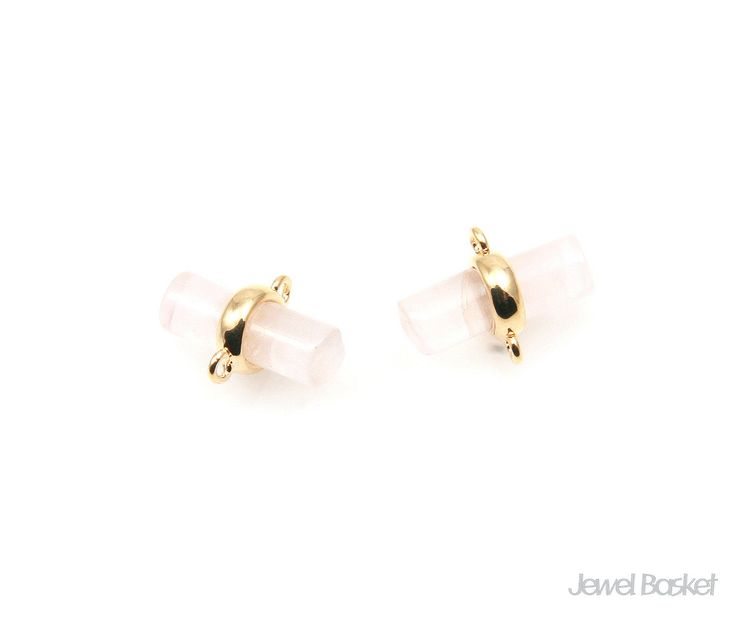 Light Rose Quartz Connector will be perfect for your accessories. It has two loops. This listing is for two pieces of Light Rose Quartz stone connector. They are made with gemstone. The loop is made of brass.  - Shiny Gold Frame (Tarnish Resistant) - Light Rose Quartz stone - Brass and Glass / 11mm x 9mm  - 2pcs / 1pack
