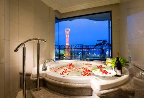 「バスタブ 高級 ホテル」の画像検索結果