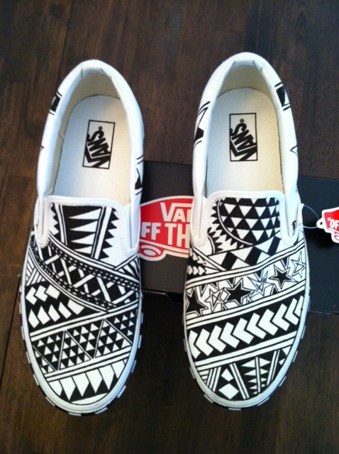 ccdd97e8a6f My custom Vans- black and white polynesian style