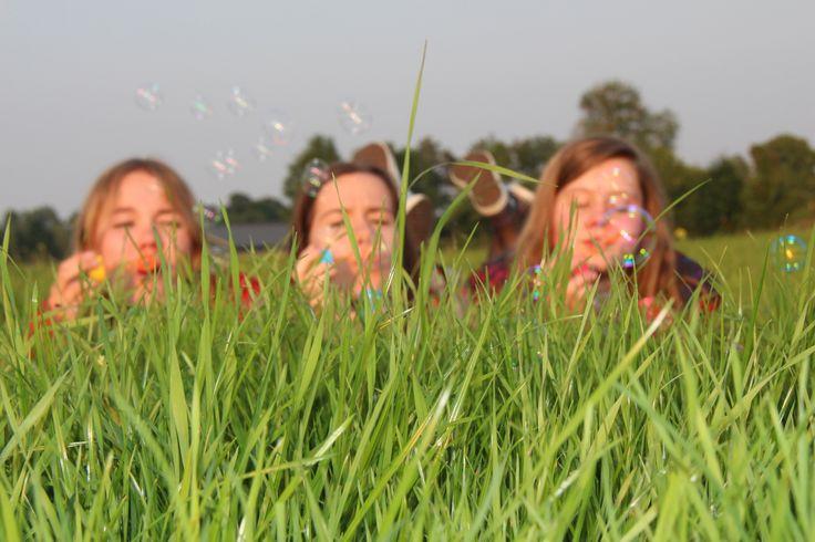 #friends #bubbles #grass