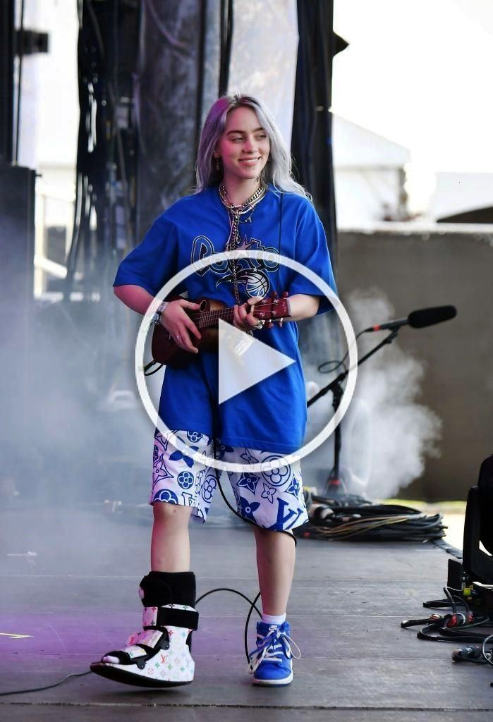 Francisco Performs August Billie Eilish Lands Stage San Dur End The 10 Ca Onsan Francisco Ca August 10 Billie Eilish Performs On The Lands End 2020