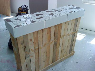 bar en bois de palettes id e mobilier pinterest blog et bar. Black Bedroom Furniture Sets. Home Design Ideas
