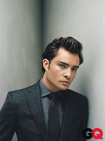 Ed Westwick, One of the only reasons I watched gossip girl. One of the only guys that could pull off the outrageous suit combinations.  《@NetworkingMom ♡》