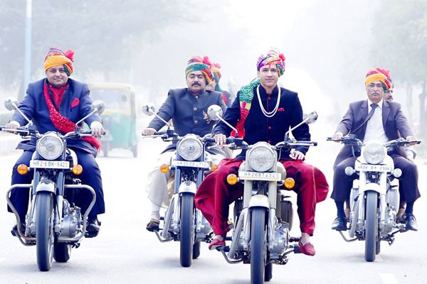 Unique Ideas for Indian Grooms to Make a Grand Wedding Entrance - BollywoodShaadis.com