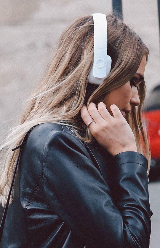 aHEAD Bluetooth Headphones - White from peppermayo.com