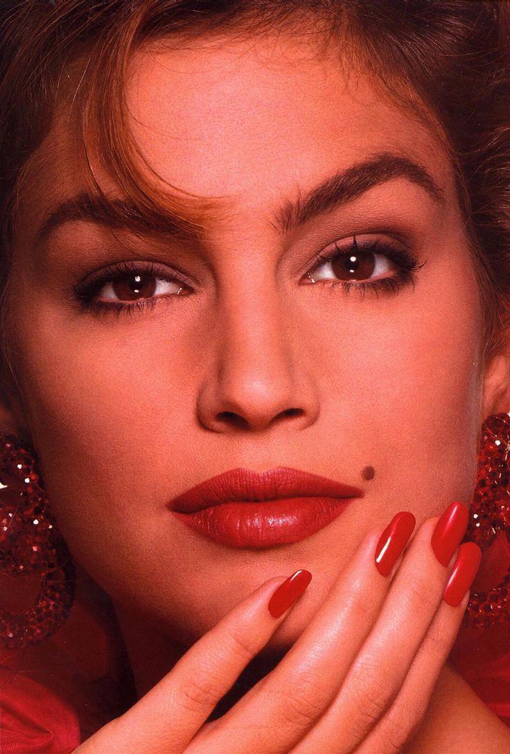 I love 90s makeup. Cindy Crawford 90's Pinterest